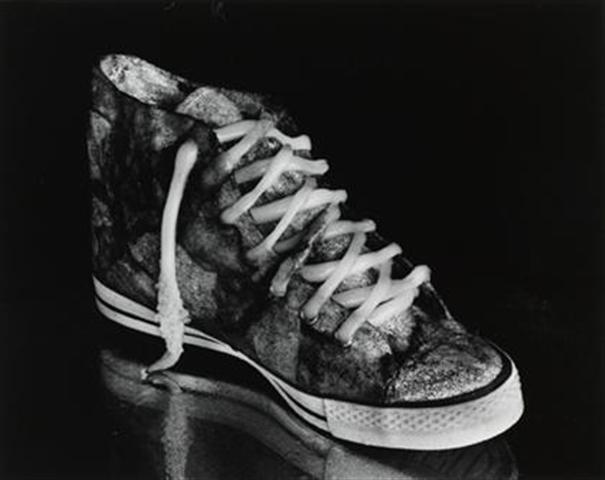 Michiko Kon, Cuttlefish and sneaker, 1989 ©Michiko Kon